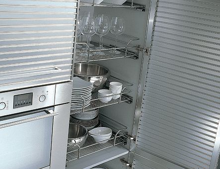 Lineadecor  Tall unit with wire baskets