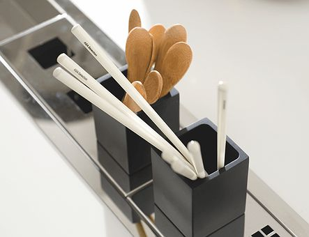 Lineadecor  Glass and cutlery holder for over counter steel accessory